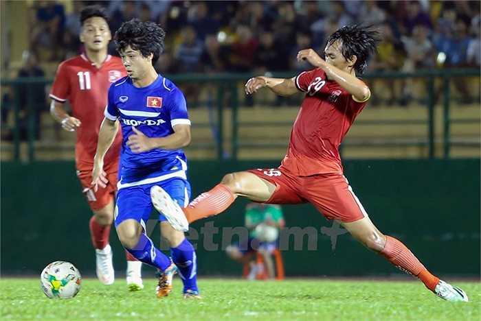 Thêm một trận đấu nữa Công Phượng được HLV Miura bố trí trong đội hình xuất phát. Anh còn lần đầu tiên được cho đá tiền đạo cắm. (Ảnh: Vietnamplus)
