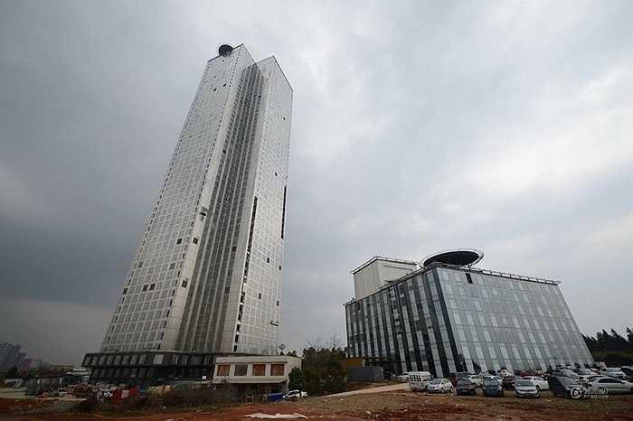 Đơn vị thi công tòa nhà từng hoàn thành một tòa nhà 30 tầng trong 15 ngày