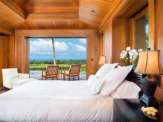 Và tất cả các phòng ngủ đều có tầm nhìn tuyệt đẹp ra bên ngoài cửa sổ