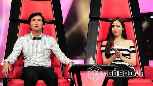Hồ Hoài Anh là một nhạc sĩ trẻ tài năng của Việt Nam còn Lưu Hương Giang trước khi kết hôn với Hồ Hoài Anh cô chỉ là một giọng ca trẻ bước ra từ cuộc thi Sao Mai Điểm Hẹn năm 2004.