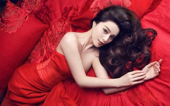 Cô gấy ấn tượng với khán giả bởi vẻ đẹp được đánh giá là hoàn hảo, không tỳ vết.