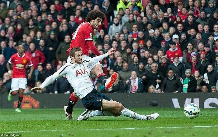 Một tuần bị chỉ trích sau trận thua Arsenal tại FA Cup, các cầu thủ Man Utd đã có câu trả lời thích đáng khi hạ gục Tottenham một cách thuyết phục với tỷ số 3-0.