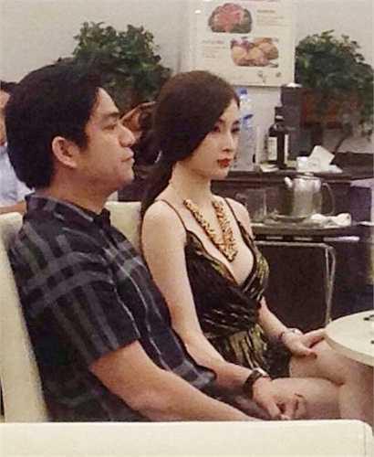 Thế nhưng cuối năm 2014, cô lại vướng lùm xùm với đại gia thẩm mỹ Chiêm Quốc Thái và tên tuổi cô lại được chú ý nhiều trở lại. Cô tiết lộ rằng từng bị ông này dọa tung ảnh nóng nếu cắt đứt mối quan hệ.