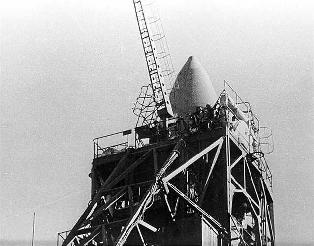 Tàu vũ trụ có người lái của Liên Xô Voskhod-2 lúc khởi động, ngày 18/3/1965