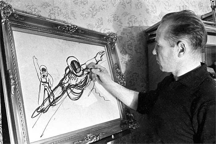 Sở thích cá nhân của Alexei Leonov là hội họa