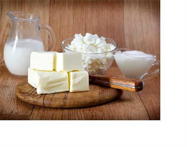 Sữa: khi bị viêm khớp cơ thể sản sinh kháng thể để bảo vệ cơ thể chống lại các tác nhân có hại, nhưng nó lại nhầm lẫn các protein trong sữa là chất có hại, dẫn đến tình trạng viêm tăng lên. Phản ứng này thường xảy ra với viêm khớp dạng thấp, còn viêm xương khớp thì uống càng nhiều sữa càng tốt