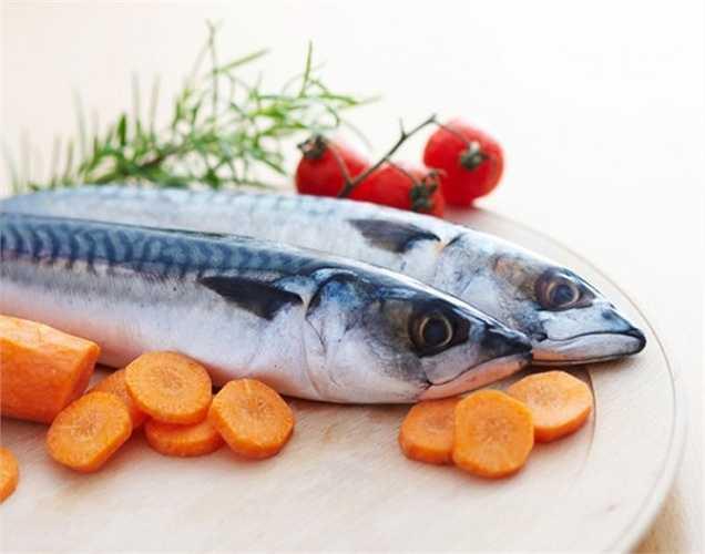 Cá: Trong cá có chất béo chống viêm, omega-3 có thể làm giảm các vấn đề về thận. Cá nó cũng là một nguồn cung cấp protein tốt.