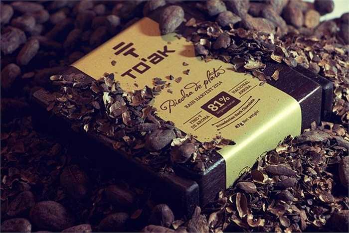 3. Chocolate To'ak: 9 USD mỗi gam     Một cựu nhân viên ngân hàng đầu tư phố Wall sống tại Ecuador đã tạo ra loại chocolate To'ak nổi tiếng này. Chocolate To'ak có chứa 81% ca cao nguyên chất.
