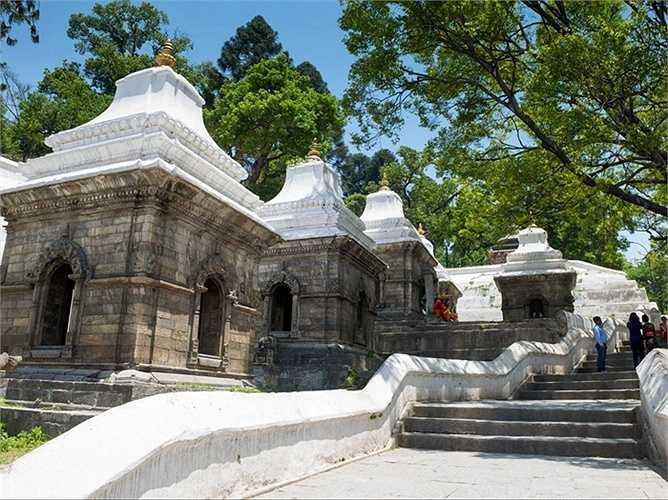 19. Kathmandu, Nepal: Kathmandu, thủ đô của Nepal nằm trong thung lũng có nhiều di tích lịch sử, đền thờ cổ, điện thờ và các ngôi làng quyến rũ.