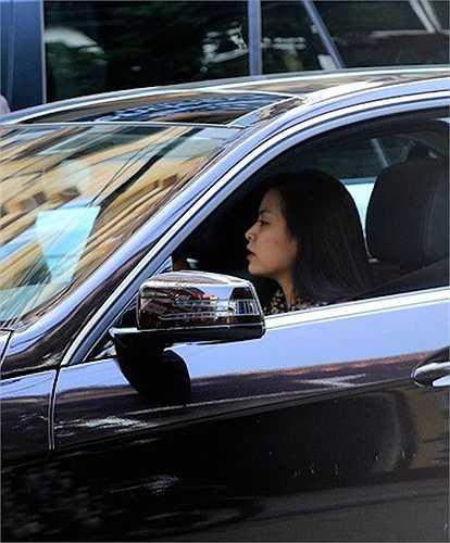 Chiếc xe được mua nhờ tiền đi diễn của nữ diễn viên 'Thần tượng'.