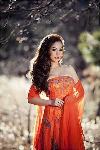 Năm 2012, Thúy Nga gây sốc cho khán giả khi quyết định tham gia cuộc thi Hoa hậu phu nhân người Việt tại Mỹ.
