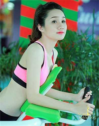 Phần thi chụp ảnh với trang phục thể thao cũng được các thí sinh hưởng ứng nhiệt tình