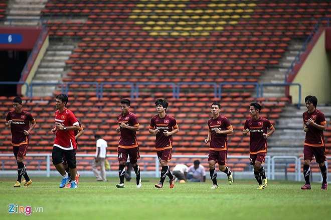 Ai cũng hiểu, với tình hình tại bảng I, U23 Việt Nam chỉ có thể tranh ngôi nhì bảng với U23 Malaysia