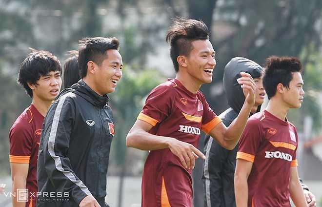 Chặng đường phía trước, vì thế, càng gian nan hơn cho U23 Việt Nam. Dẫu sao, trận thắng 2-1 cũng giúp cả đội giải tỏa được áp lực