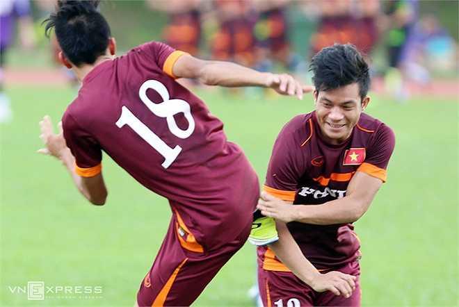 Đúng là rất khó hài lòng với lối chơi thiếu bản sắc của U23 Việt Nam.