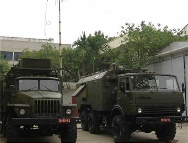 """Theo Retia, sau nâng cấp, tổ hợp R-934U có các tính năng vượt trội, trở thành khí tài gây nhiễu đúng nghĩa """"bình cũ, rượu mới"""", đáp ứng được yêu cầu chiến tranh điện tử hiện đại. Trong thời gian tới, R-934U sẽ tiếp tục sánh vai cùng các khí tài trinh sát/chế áp điện tử thế hệ mới đã tiếp nhận hay các khí tài mà Việt Nam quan tâm và có thể đặt mua từ Nga như 1L267 Moskva-1, 1L269 Krasukha-2 và 1RL257 Krasuha-4."""