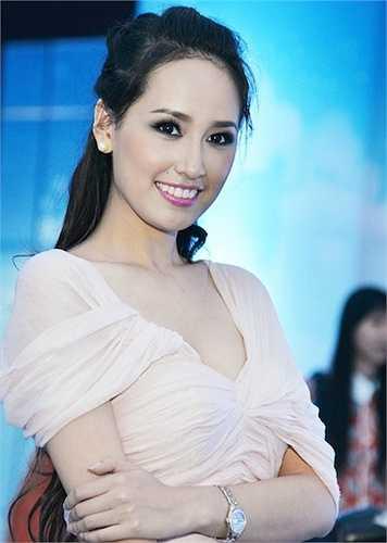 Đăng quang ngôi Hoa hậu Việt Nam năm 2006, Mai Phương Thuý là một trong những nhan sắc chưa bao giờ bị lãng quên của showbiz Việt.