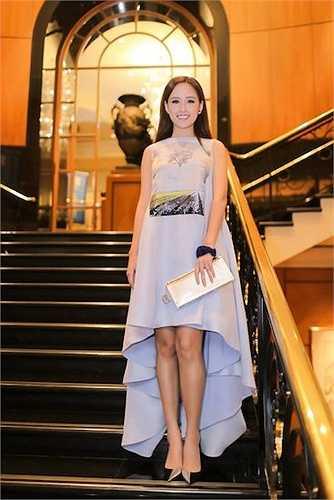 Gần 10 năm sau khi đăng quang, Hoa hậu họ Mai vẫn là khách VIP tại nhiều bữa tiệc sang trọng trong và ngoài nước.