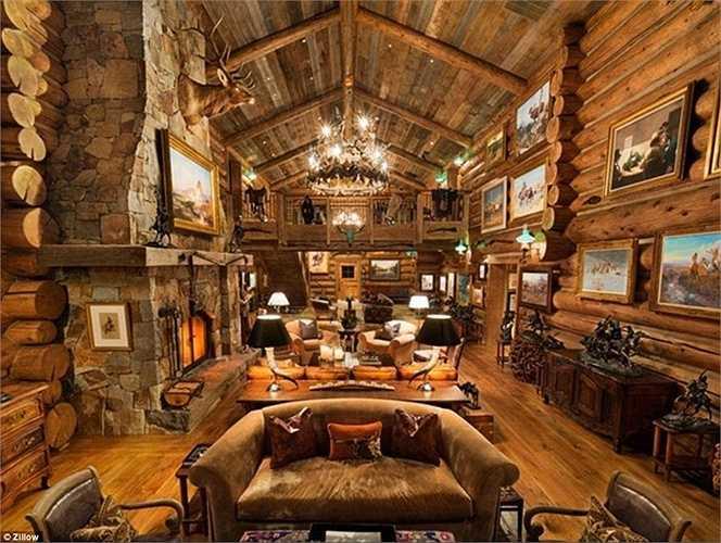 Tỷ phú người Mỹ mua căn biệt thự này làm chốn 'ẩn cư' cho mình tại vùng núi Aspen, Colorado, Mỹ. Ông đầu tư khá nhiều triệu USD để xây dựng spa, nội thất sang trọng và cả hầm rượu có thể điều chỉnh nhiệt độ