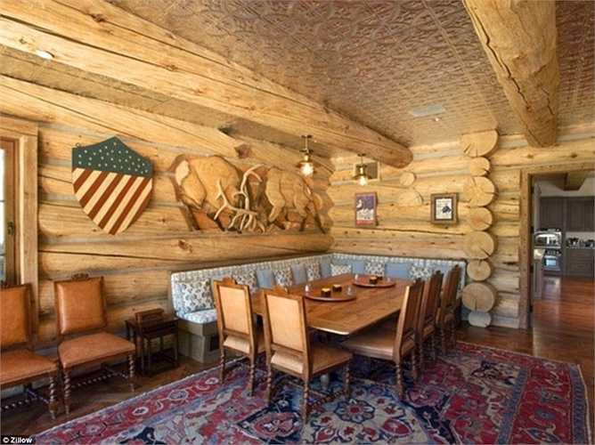 Phòng ăn với phong cách cao bồi Mỹ