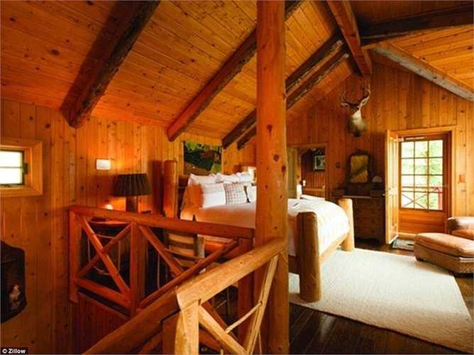 Mỗi căn phòng đều được trang trí với những miếng gỗ sang trọng và nổi bật