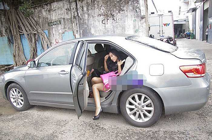 Từ khi cưới chồng Tây, Đoan Trang 'lên đời' với xe sang, nhà đẹp.