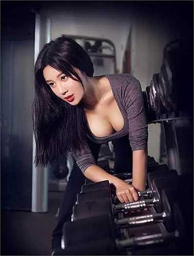 Vẻ đẹp ngọt ngào của hot girl sexy nhất ĐH Bắc Kinh.
