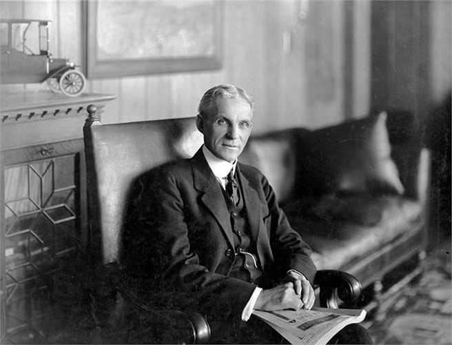 5. Henry Ford: Ông trùm xe hơi Ford khôi phục các tòa nhà lịch sử với hy vọng biến các thị trấn Sudbury, Massachusetts và Greenfield Village, Michigan thành các điểm tham quan du lịch.