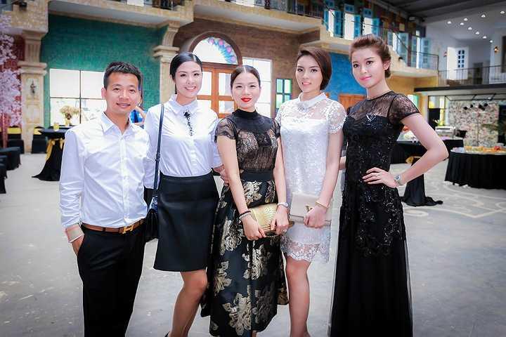 Nhiếp ảnh Đoàn Anh Tuấn hội ngộ Hoa hậu Ngọc Hân, ca sĩ Lệ Quyên, Hoa hậu Kỳ Duyên và Á hậu Huyền My