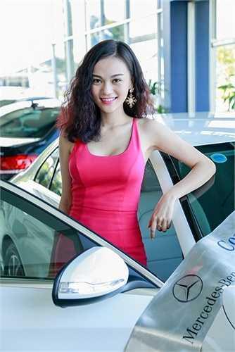 Cao Thùy Linh cho biết, cô mua xe để thuận tiện hơn cho việc đi lại, cũng như đáp ứng tốt hơn ở công việc sắp tới.
