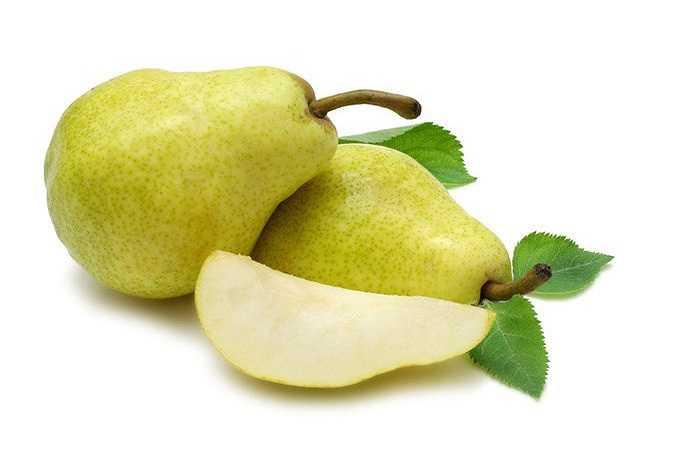 Quả lê: Lê có vị ngọt, tính mát, có tác dụng thanh nhiệt nhuận táo, sinh tân dịch, chỉ khát. Nếu trong người bị nhiệt nóng bức, nên dùng quả lê sẽ giúp cơ thể 'hạ hỏa' rất nhanh.