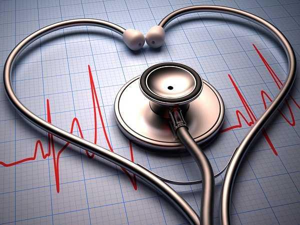 12. Bệnh tim: Nghiên cứu tìm thấy rằng những người ít vận động có nguy cơ tử vong vì bệnh tim mạch đến 64%.