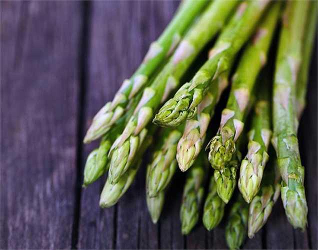 Măng tây: giàu thành phần kali, nên nó tốt cho tim, giúp duy trì huyết áp, giảm cholesterol.