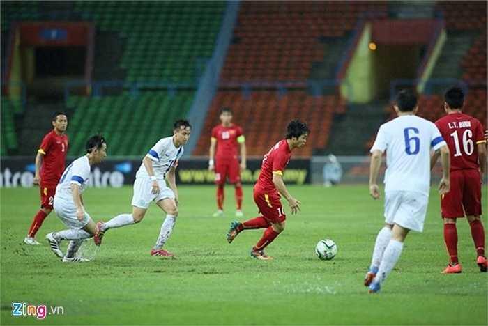 Mặc dù vậy, các học trò của HLV Miura vẫn dồn lên tìm kiếm thêm bàn thắng trong hiệp 2