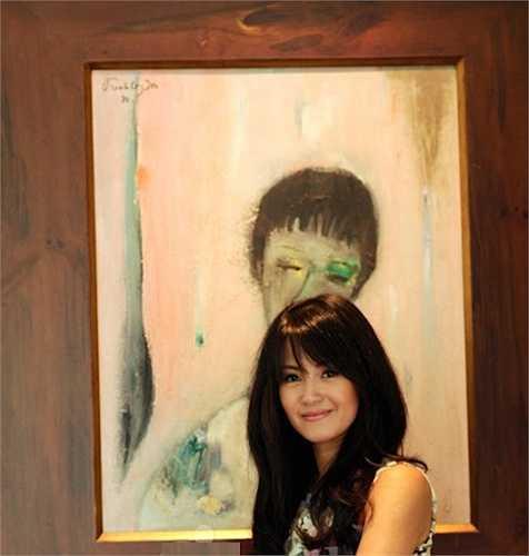 Bức tranh chân dung Hồng Nhung do cố nhạc sỹ Trịnh Công Sơn tự tay vẽ tặng.