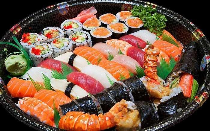 Các loài cá tuyệt chủng. Hiện nay, 87% các loại cá được phép đánh bắt đang bị khai thác tràn lan và vượt mức. Chính vì thế, trong tương lai không xa, nhiều loài cá sẽ bị tuyệt chủng. Điều này khiến loài người mất đi 1 lượng thức ăn khổng lồ cũng như việc hàng loạt người lao động trong ngành đánh bắt, chế biến bị đẩy ra đường
