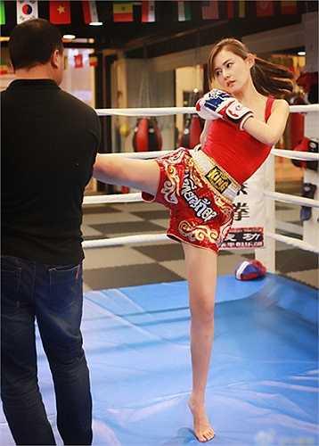 Tình yêu thể thao giúp cô gái Bắc Kinh luôn rạng ngời và đầy sức sống.