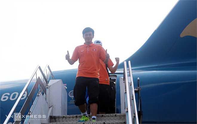 Các cầu thủ không giấu niềm hân hoan sau khi giành vé lọt vào vòng chung kết giải U23 châu Á vào năm sau,