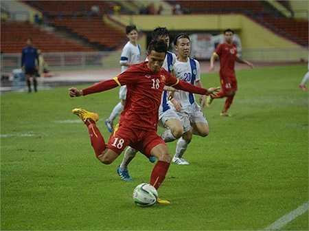 Với 7 bàn thắng vào lưới U23 Macau, U23 Việt Nam chẳng hề kém cạnh so với U23 Nhật Bản