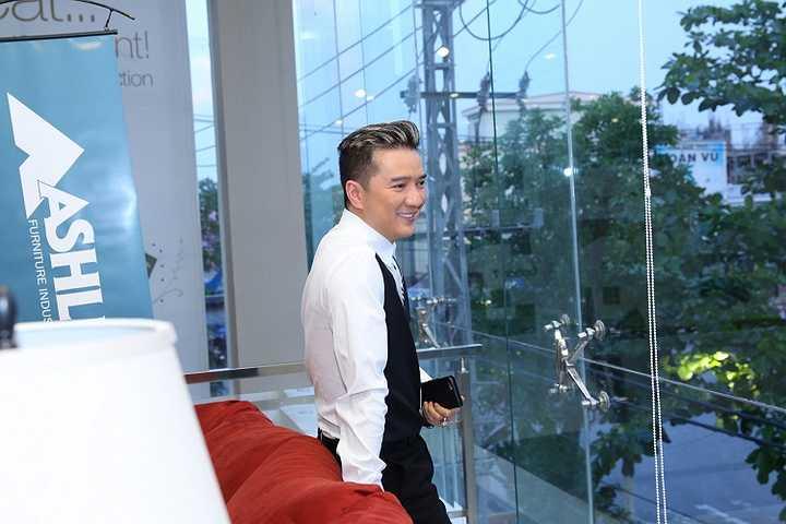 Ông hoàng nhạc Việt cho hay, hiện tại vé của liveshow Thương hoài ngàn năm đã được bán ra hết.
