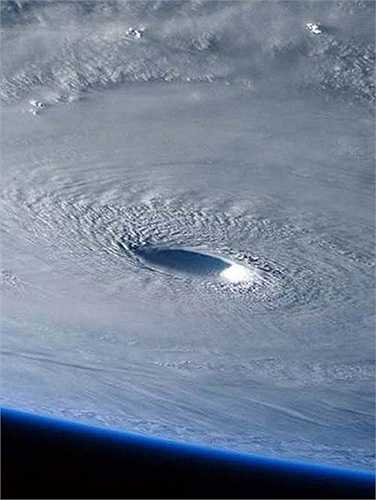 Tốc độ di chuyển của siêu bão này đạt tới 250km/h, được dự báo sẽ quét qua miền Bắc Philippines vào cuối tuần này