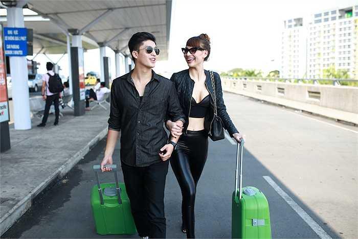 Đi cùng với cô là hot boy Harry Lu.