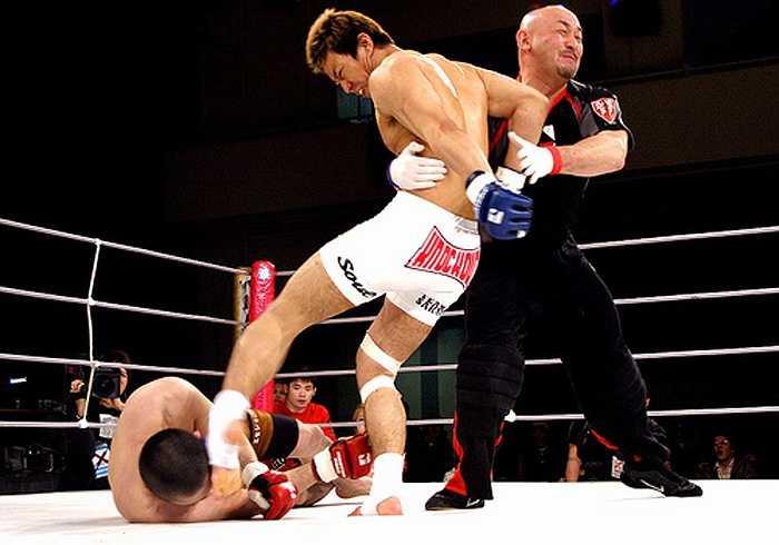 Chấm dứt thời kì lịch sử võ thuật thế giới được viết bởi mồ hôi, máu và nước mắt của biết bao nhiêu võ sĩ...