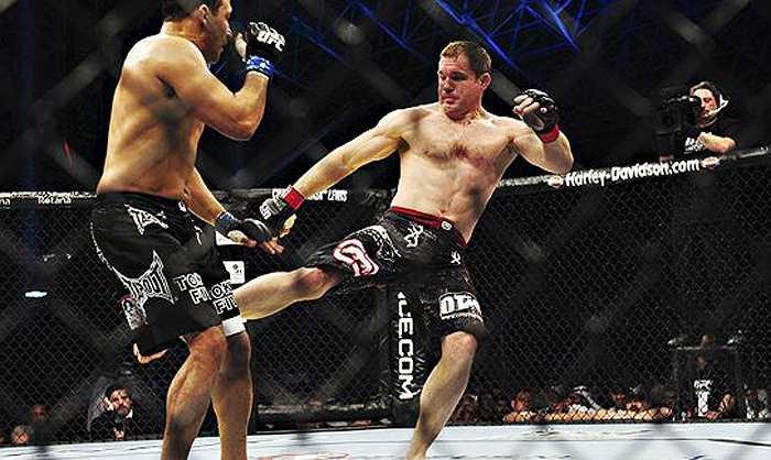 Cụ thể hơn, giải UFC (cũng như tất cả các giải MMA lớn nhỏ khác ở Mỹ) đã có những quy định rất rõ.