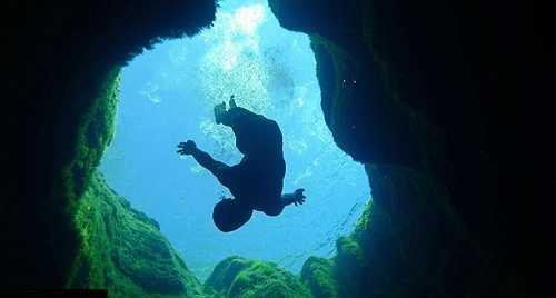 Rất nhiều thợ lặn đã cố gắng lặn xuống đáy của giếng Jacob