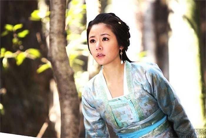 Người đẹp xứ Đài nhận được nhiều lời khen của khán giả với tạo hình Mã Phức Nhã đẹp lung linh trong phim.