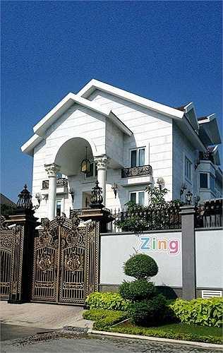 Biệt thự của nhà chồng Hà Tăng cũng khiến nhiều người phải choáng ngợp