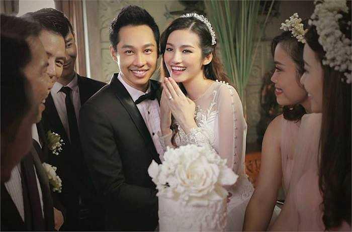 Trúc Diễm và John Từ vừa quyết định đi đến hôn nhân sau thời gian hẹn hò.