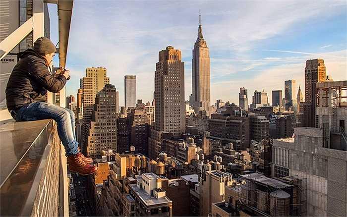Những hình ảnh gây chóng mặt này được tay máy nghiệp dư Dark Cyanide chụp tại New York