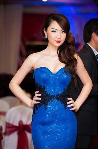 Đăng quang ngôi vị cao nhất cuộc thi nhan sắc Miss Asia America 2014, Jennifer Chung đã mang lại niềm tự hào cho cộng đồng người Việt nói chung.
